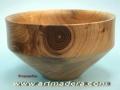 Forma carenada de madera de nogal. Tornero de madera F. Treceño
