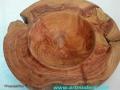 Cuenco decorativo. Veteado de madera de enebro -juniperus thurifera- (la que porta incienso). Tornerodemadera. artmadera