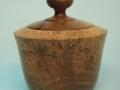 Joyero de madera pasmada de nogal. Tornero de madera Francisco Treceño